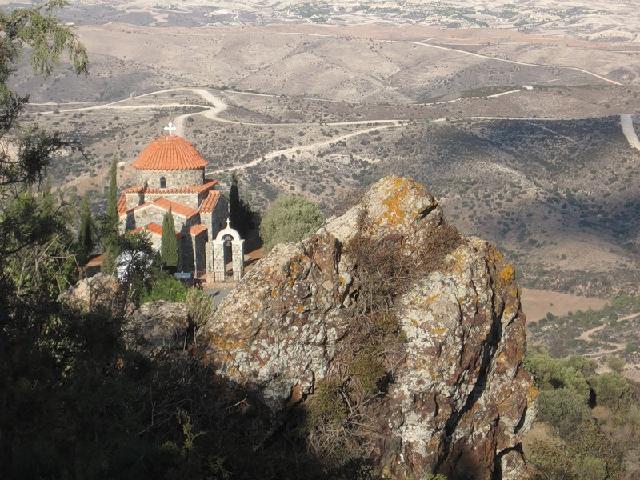 монастир Ставровуні