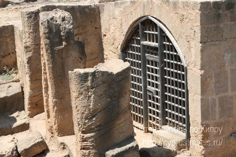 Кипр Пафос – достопримечательности, что посмотреть: Королевские гробницы