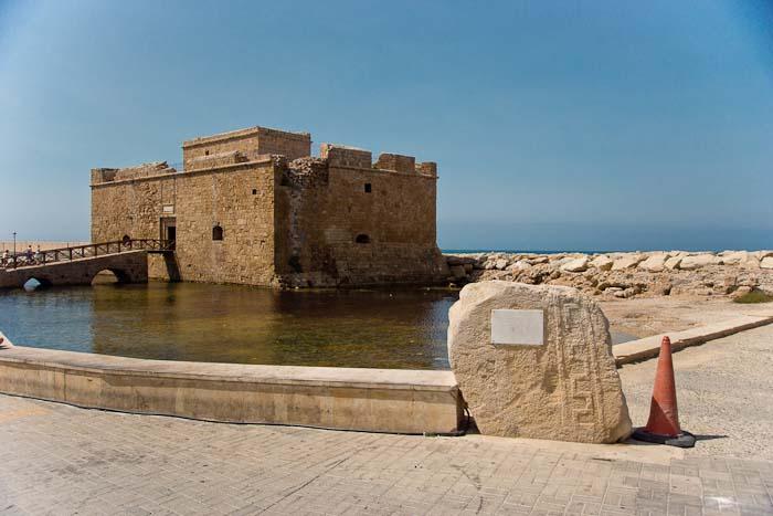 1.средневековый замок Лимассола